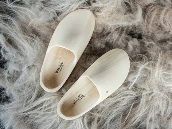 new style for wooden clogs