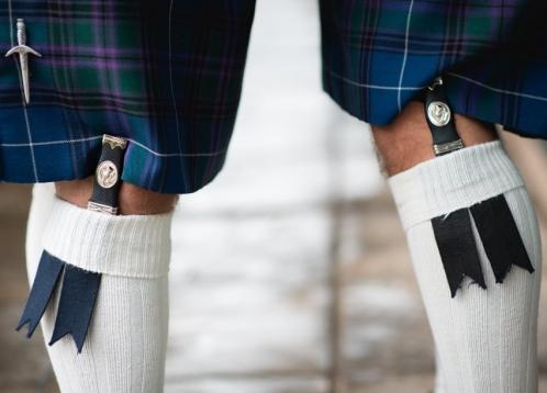 two Scotsmen wearing sgian dubhs