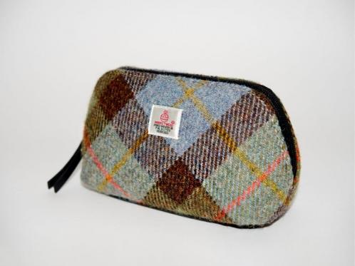 Scottish cosmetics bag
