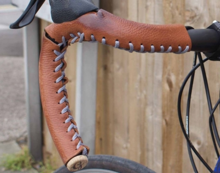 product-close-up-bicycle-grips