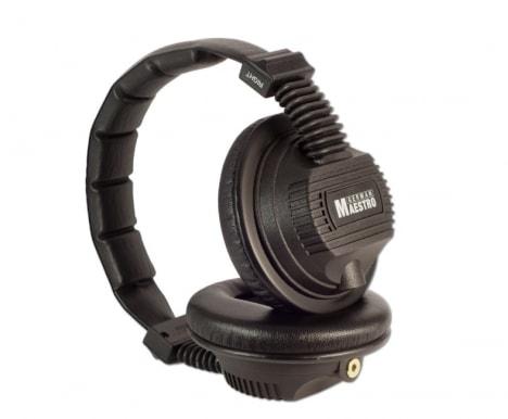 black-headphones-in-white-background