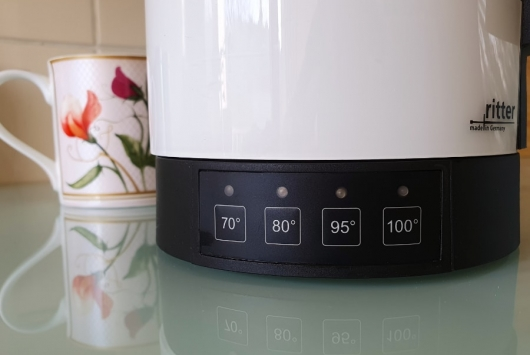 water temperature control on German kettle near the base