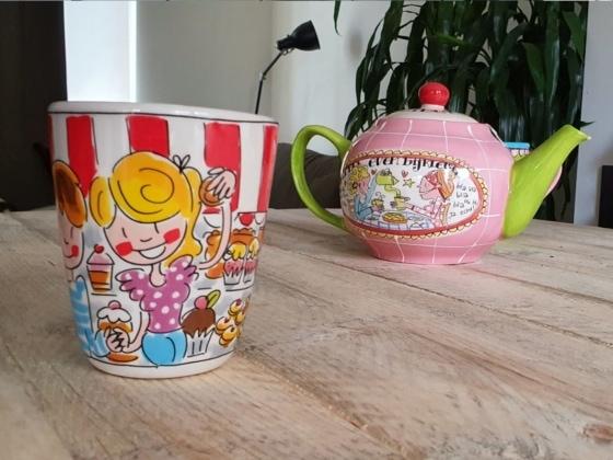 modern dutch tea set