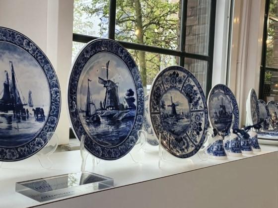 luxury ceramics shop