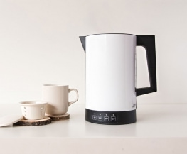 electric-kettle-white-on-the-table